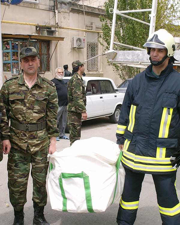 Tragbarer mobiler Rettungsschlauch zur Evakuierung